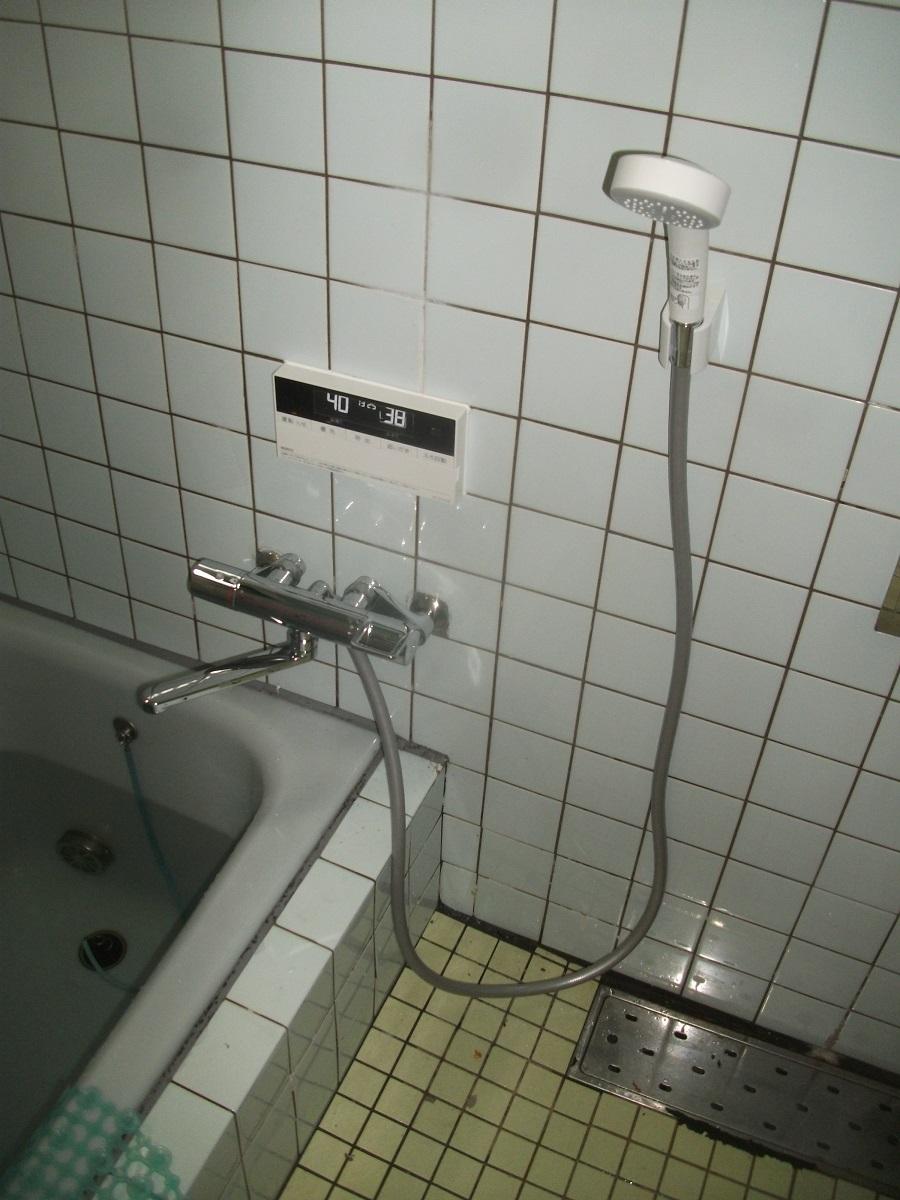 修理で対応できなくなった給湯器の交換(大阪府枚方市)